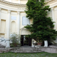 Oltre il Tevere: il Gianicolo tra ville e poeti