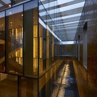 Il Magazzino del Vino a Trieste si trasforma nel nuovo store di Eataly con il progetto di Archea Associati
