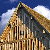 Case di paglia. A Roma un workshop intensivo sulle strutture in legno e paglia