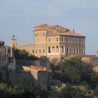 Idee per il recupero della Rocca Farnese di Ischia di Castro (VT)