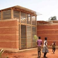 """Andrea Tabocchini, Francesca Vittorini: «Ecco come siamo riusciti a costruire e finanziare la """"nostra"""" scuola in Ghana»"""