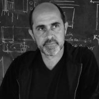 """Vatican Chapels. Javier Corvalán alla Biennale: «Ecco la """"mia"""" cappella in equilibrio su una briccola»"""