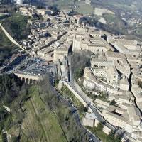 La migliore sistemazione per il borgo Mercatale di Urbino