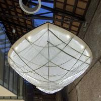Costruzione di un'installazione luminosa in bambù, workshop a Maranola