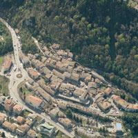Borgo Maggiore: un parcheggio multipiano nel centro storico sammarinese