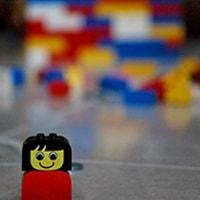 60 anni di LEGO. Storia e declinazioni contemporanee del primo mattone degli architetti