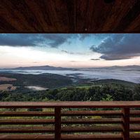 Foresteria del Monastero di Siloe, la nuova forma di abitare sostenibile di Edoardo Milesi & Archos