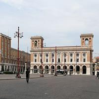 Una piazza bella come il sole per Forlì