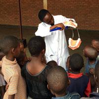 Hope Dental Center. Un centro odontoiatrico di formazione e cura nel cuore del Ruanda