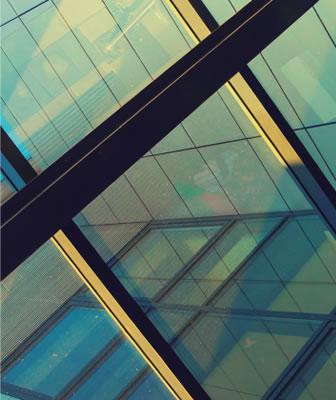 Fotografia di Architettura e Design. Sperimentazione della luce e degli effetti visivi negli interni e nel paesaggio urbano